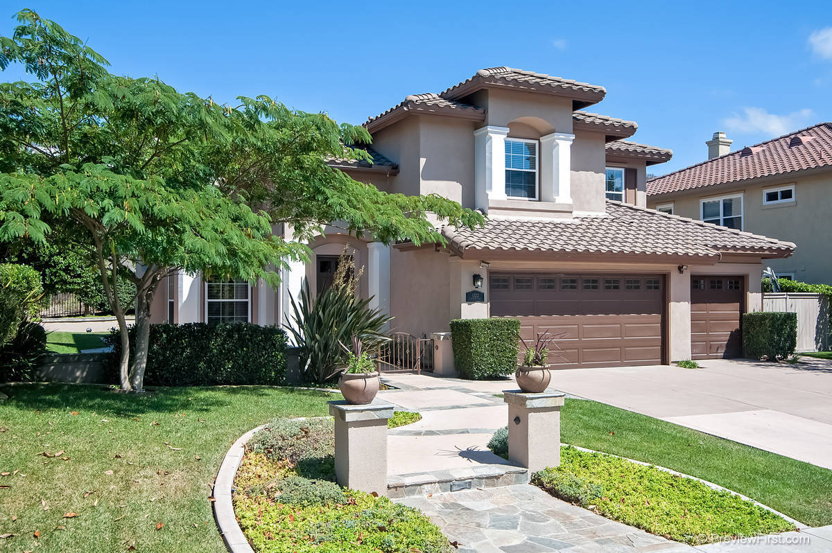 1322 Savannah Lane, Carlsbad, CA